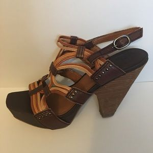 Vintage Funky Lucky 🍀 Brand chunky heel sz 8